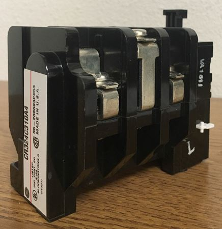 Image of the angle of a GE CR324C310A4 overload relay