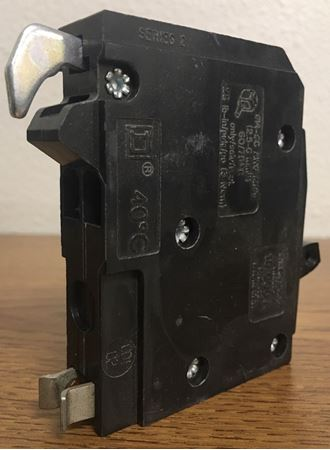 Image of the side of a QOT1515 Square D circuit breaker