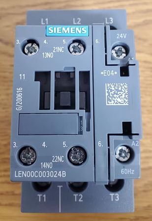 Picture of LEN00C003024B - SIEMENS Electrically Held Lighting Contactor